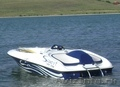 Скоростной водомётный катер.