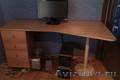 Итальянский гарнитур: стол+шкаф. Возможен торг!
